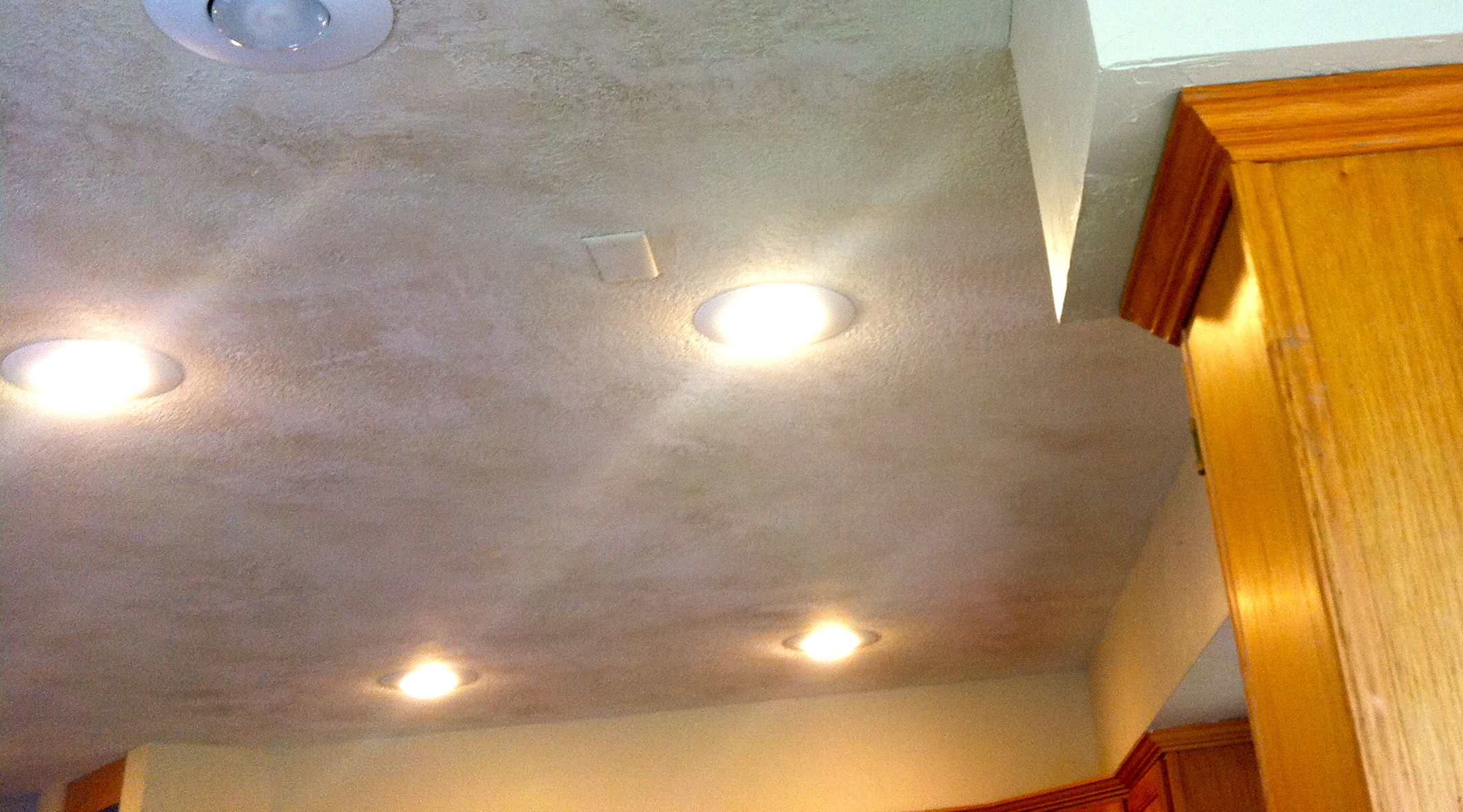 Can Lights u0026 Textured Ceiling & Can Lights u0026 Textured Ceiling - Texturite Wichita azcodes.com